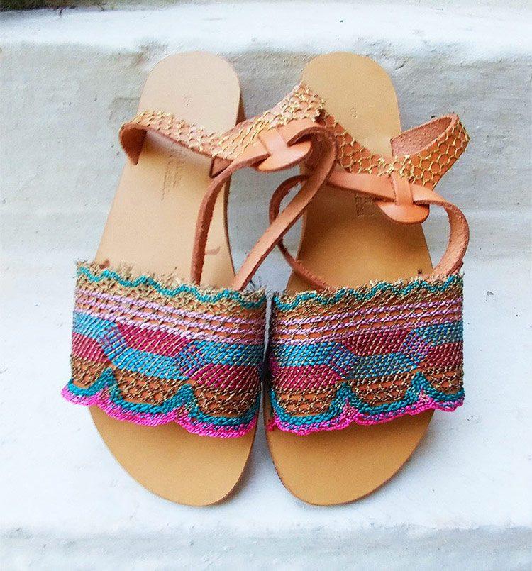 Δερμάτινα σανδάλια, flat γυναικεία σανδάλια, καλοκαιρινά σανδάλια strappy, ankle wrap σανδάλια, πολύχρωμα σανδάλια Χανιά Κρήτη
