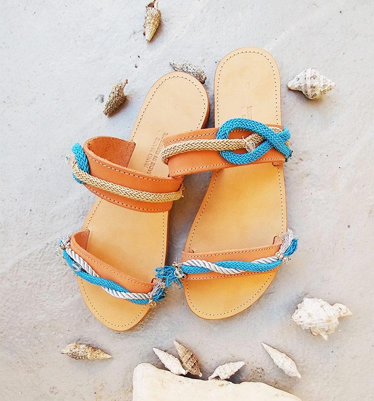 """Γυναικεία δερμάτινα σανδάλια, Ίσια σανδάλια με διακόσμηση """"Kamari"""""""