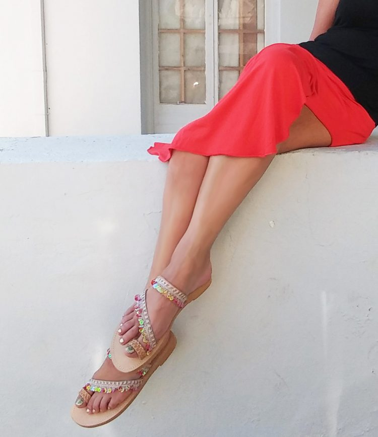 sexi-gynaikeia-sandalia-hot-kalokairina-saandalia-xamila-sandalia-me-poulies-red-beach-santorini-omorfa-sandalia-greek-handmadebox.jpg
